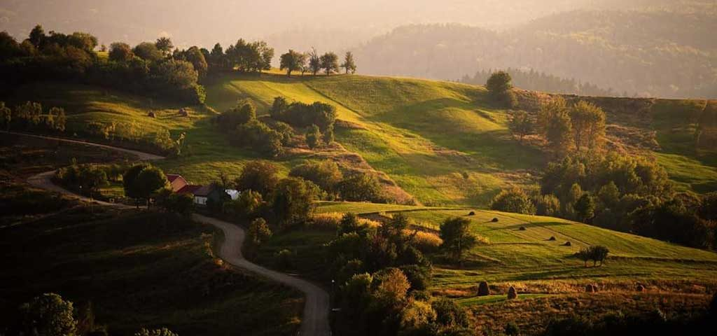 You motoring adventure in Bucovina will reveal the landscapes and legends